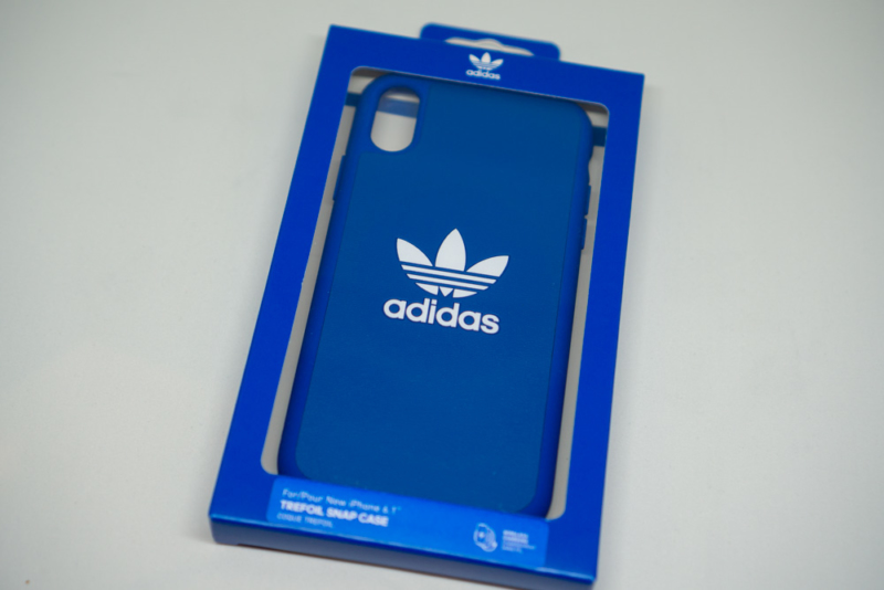 adidas Originals Moulded case iPhone XRブルーパッケージ