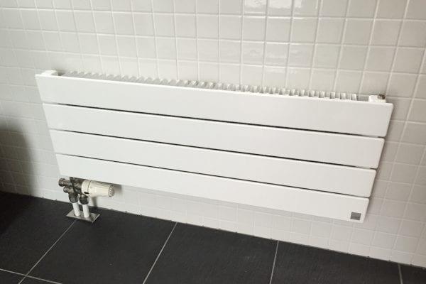 1階のお風呂場と2階のシャワールームにはパネルヒーターが完備されています。寒い地域ならではですね。
