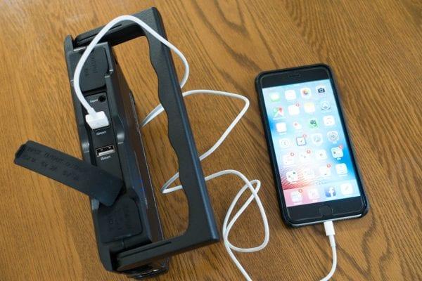 USB接続で直接充電