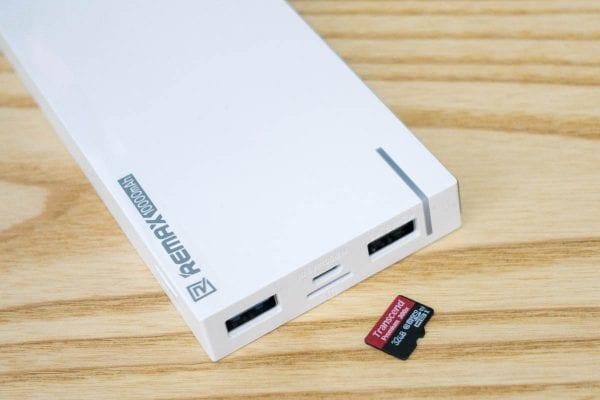 microSDを接続
