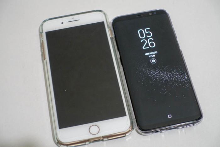 iPhone 8 PlusとGalaxy S8 SC-02J