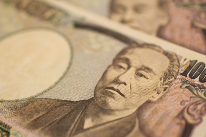 SoftBankのSIMロック解除にかかる費用は?
