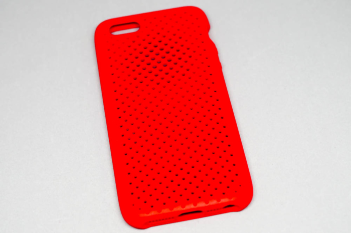 『Mesh Case for iPhoneSE』(背面から)