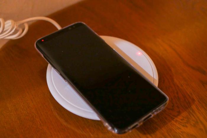Galaxy S8充電中