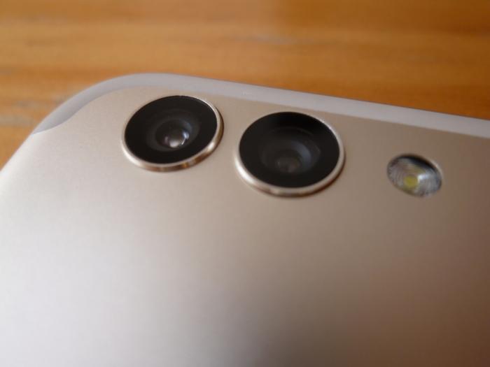 HUAWEI nova 2のデュアルカメラ