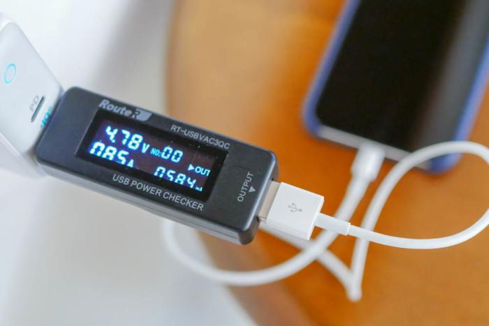 「Anker PowerPort ll PD」でiPhone Xを充電