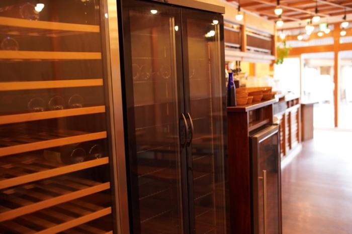 オーガニックカフェ soil店内のワインセラー