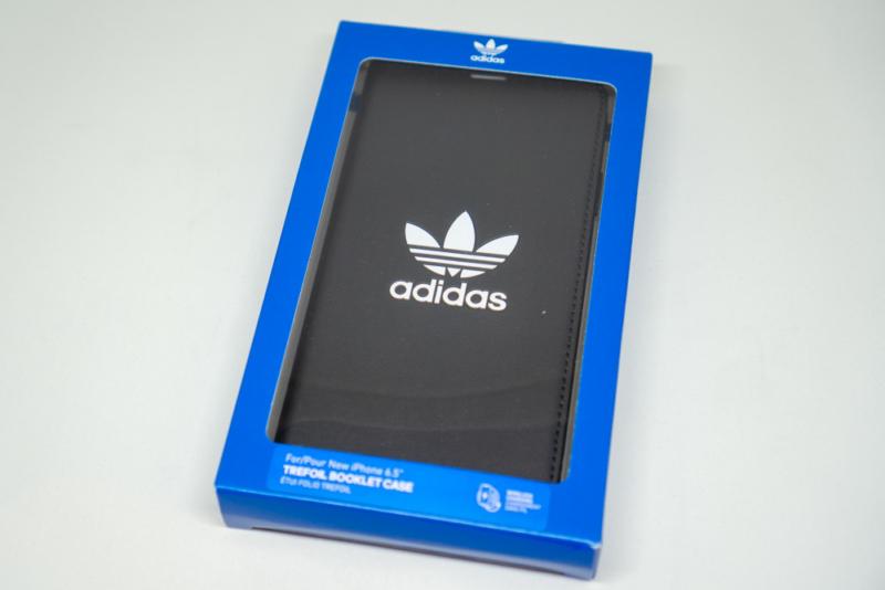 adidas Originals TPU Booklet Case BASIC iPhone XS Maxパッケージ前面