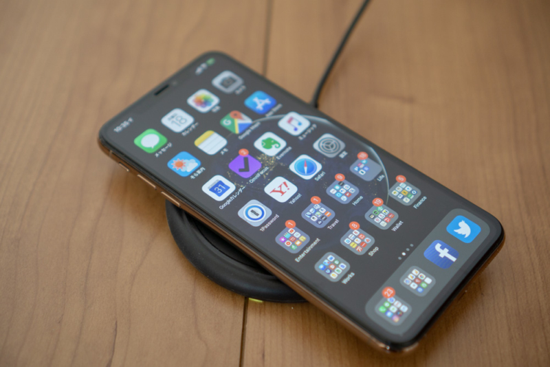 mophie wireless charging baseレビュー