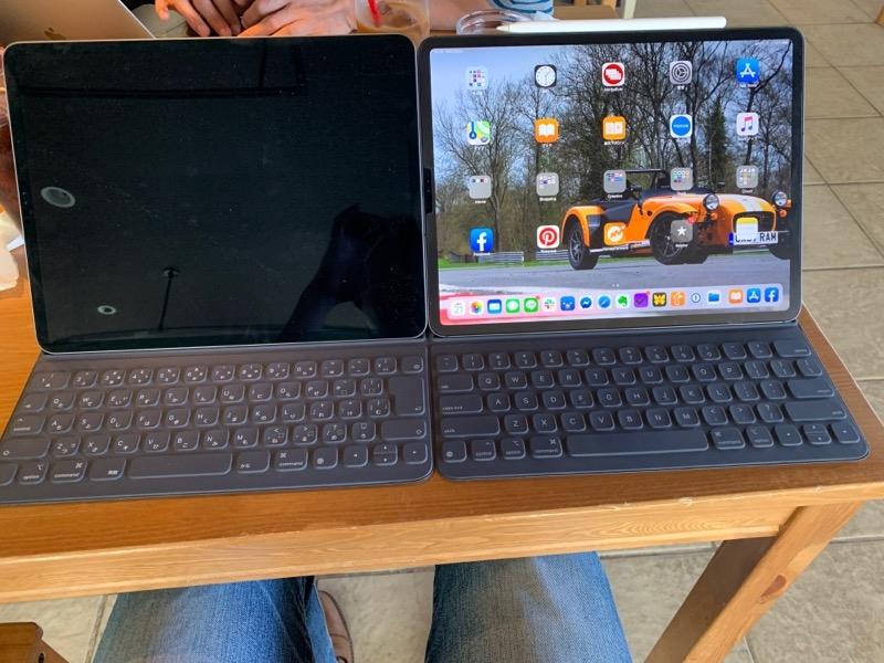 「Smart Keyboard Folio」にはJIS配列がある