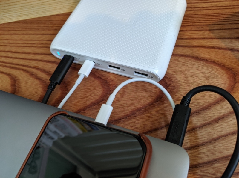 USB-PDの2台同時充電