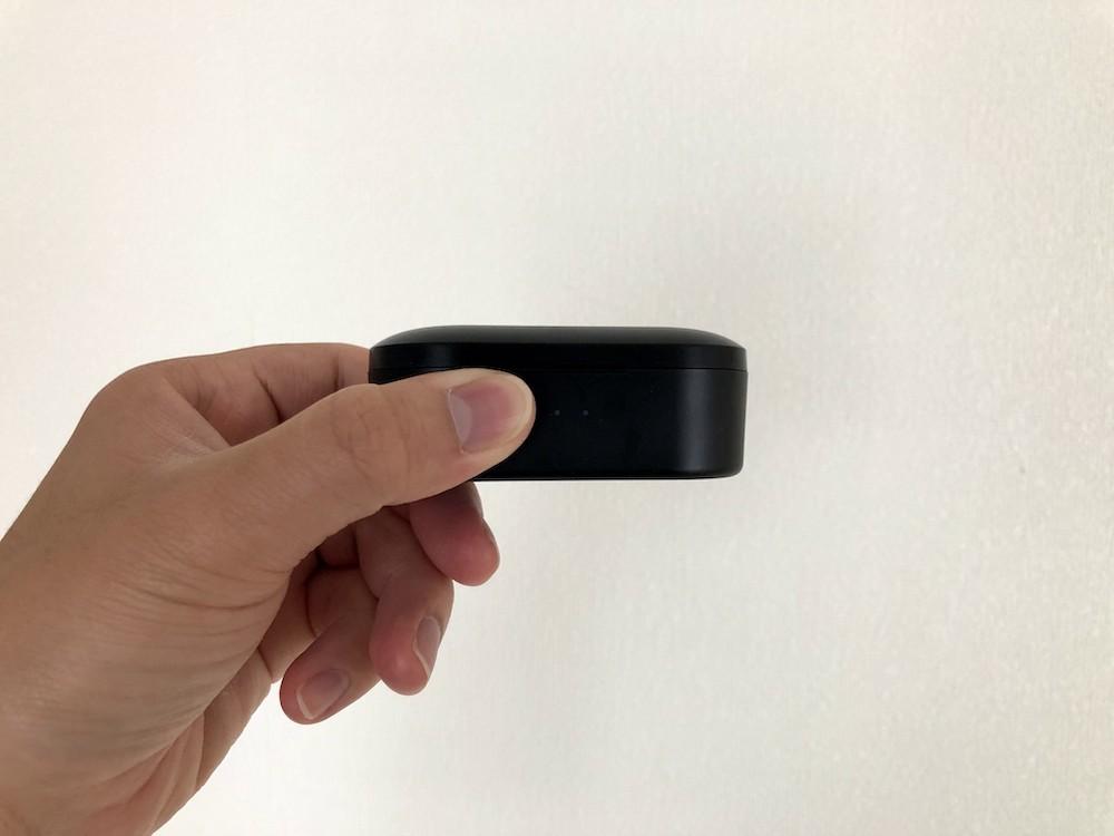 TruePods Bluetooth イヤホンの厚さ