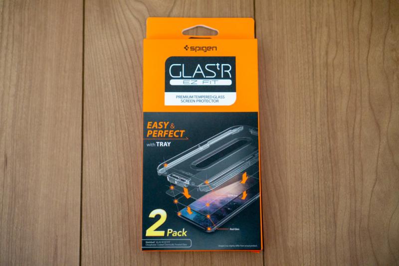 Spigen iPhone 8・7用保護ガラス「Glas.tR EZ Fit」パッケージ