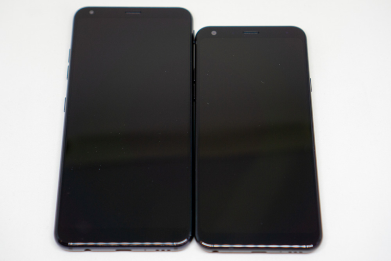 左:LG Style2、右:LG Style