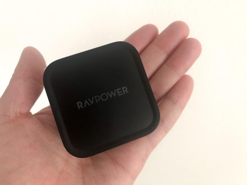 RAVPower 「RP-PC112」手のひらサイズ