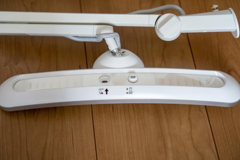 BenQ「親子デスクライト Wit MindDuo LED」本体LED光源