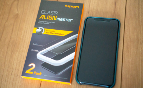Spigen iPhone 11 Pro用保護ガラス「Glas.tR AlignMaster」レビュー