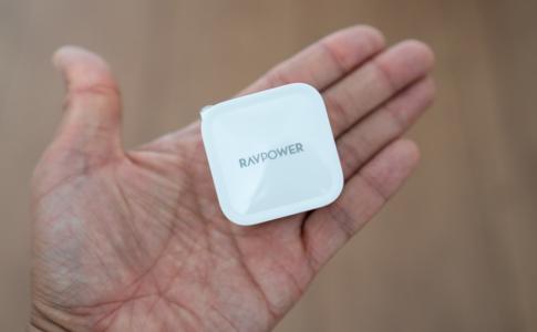 RAVPower「USB-C 30W対応急速充電器 RP-PC120」レビュー