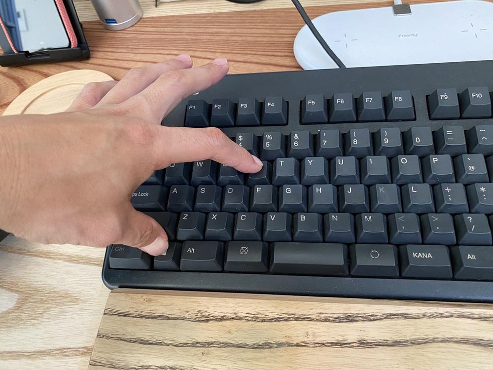 DOS/V機のキーボードはWindows+R