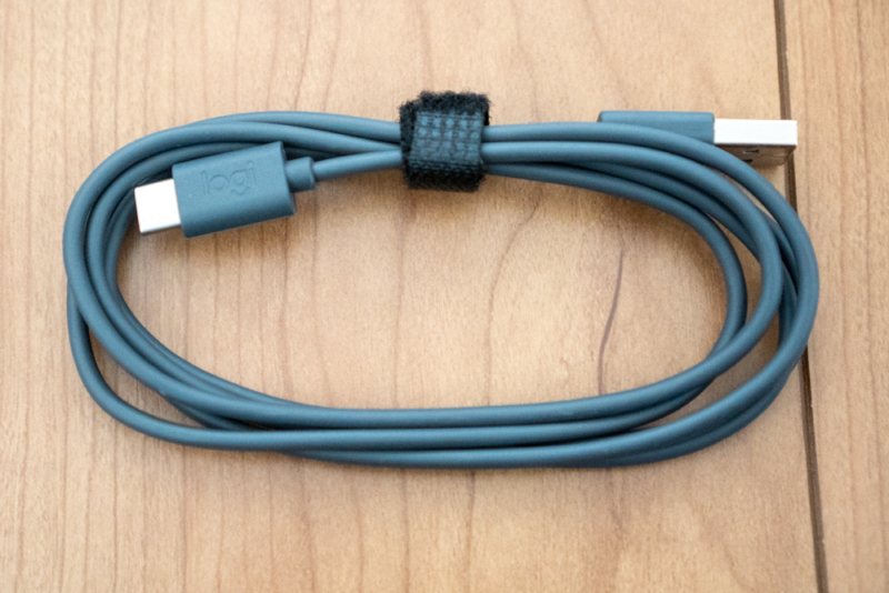 充電はUSB-Cケーブル