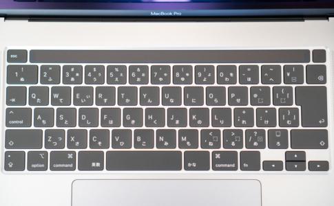 シザー方式の「Magic Keyboard」