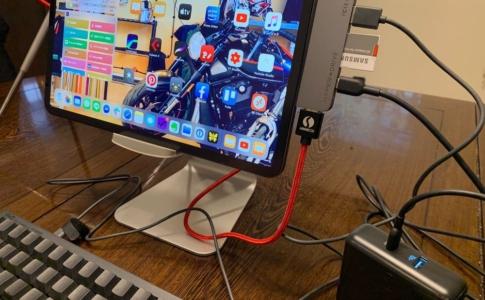 iPad ProはUSB-Cハブがあるとさらに便利