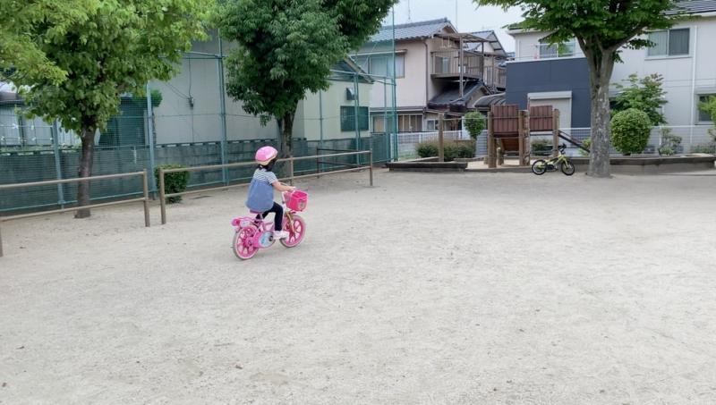 補助輪なしで自転車に乗れるようになった