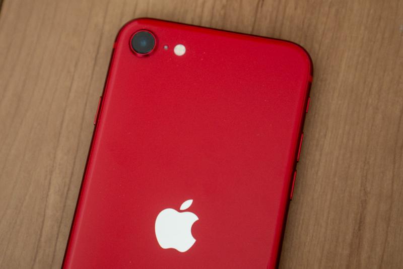 iPhone SE 第2世代のカメラ機能をチェック