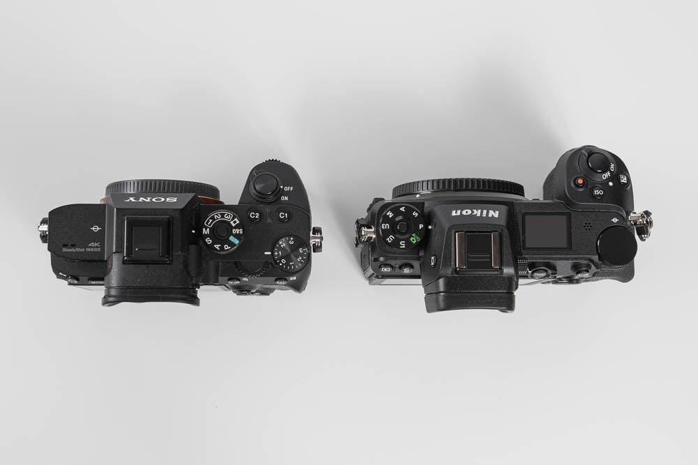 Nikon Z6 SONY α7RⅢとの比較