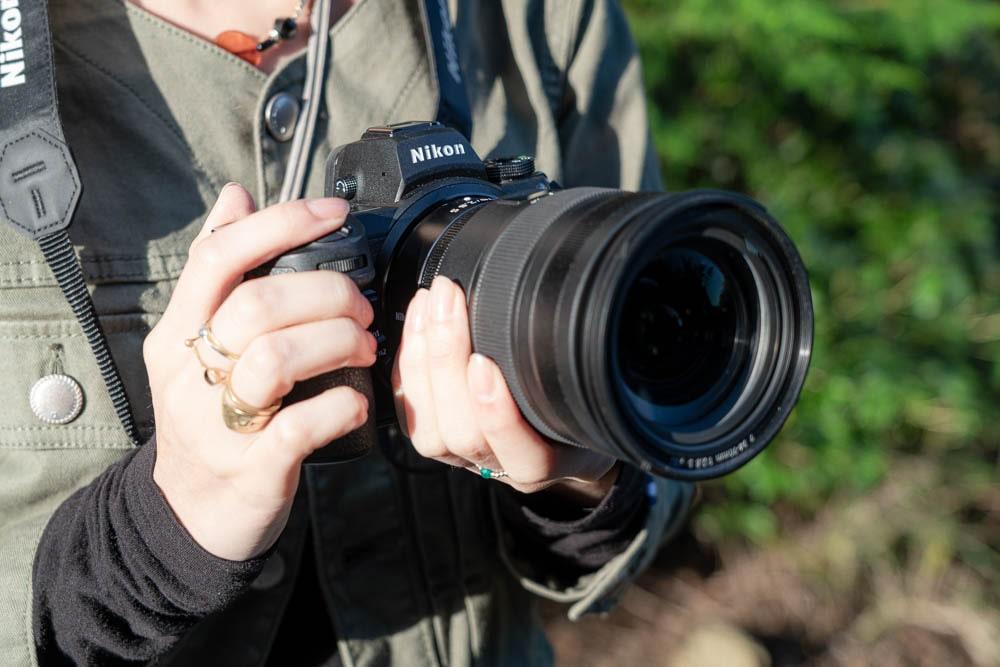 Nikon Z6 ホールドしやすい