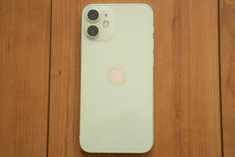 iPhone 12 mini背面